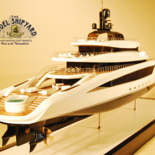 Super Yacht – Boardroom Model