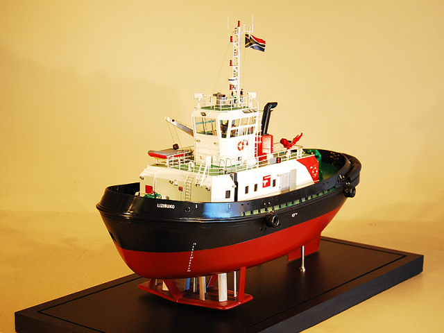 Custom model ship – Voight Tug Model Ship